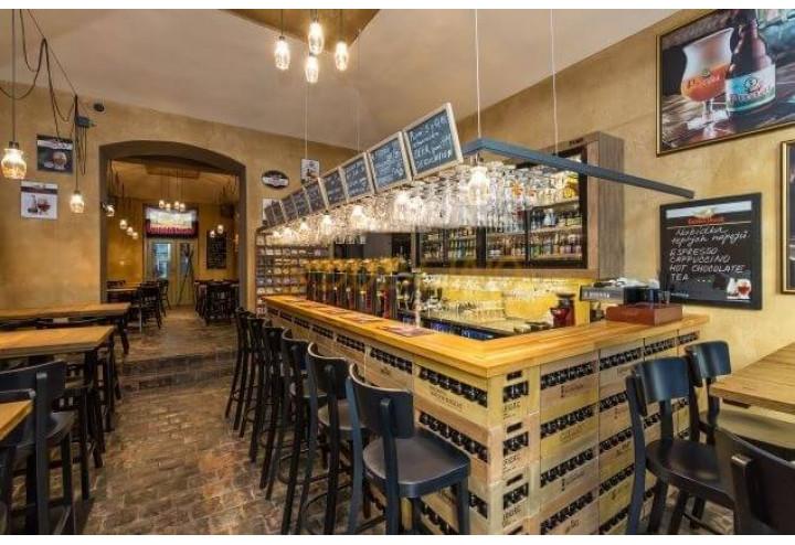 Pohodlné posezení za barem může být právě tím, co Vaše zákazníky donutí se vrátit právě k Vám!