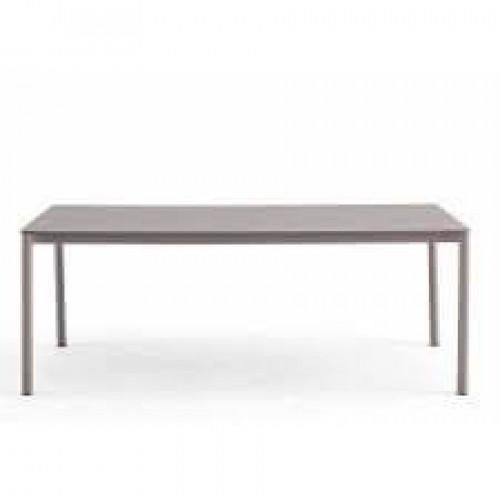 GR LEON TABLE